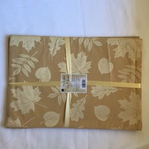 """Berkshire Leaves Set of 4 Placemats 13"""" X 19"""""""